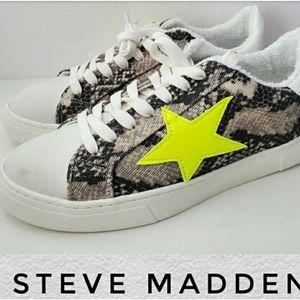 Steve madden faux snake neon star sneakers 8.5